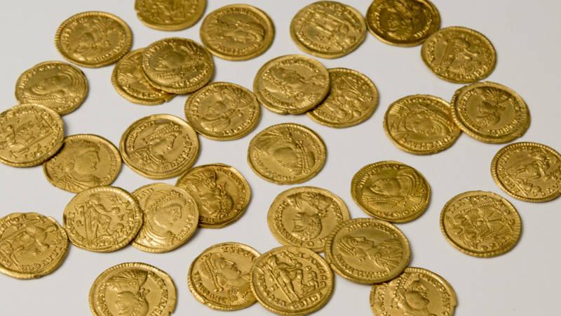 Hoard of Roman coins found at former burial site in Gelderland